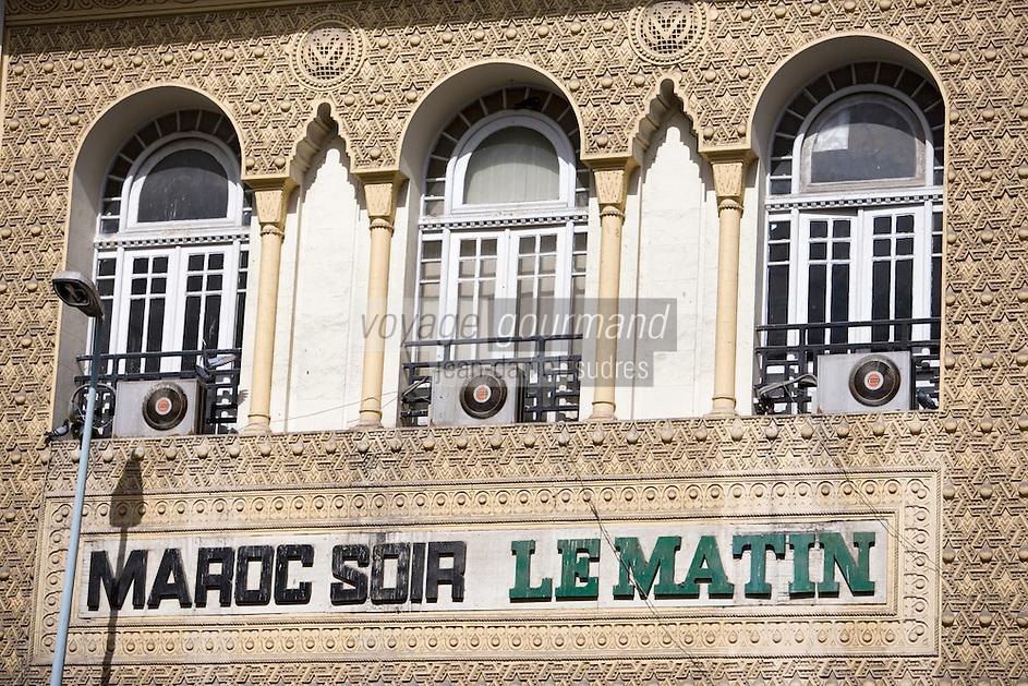 Afrique/Afrique du Nord/Maroc /Casablanca: détail façade d'un immeuble art déco des journaux Maroc Soir et Le matin rue Aouni Mohamed