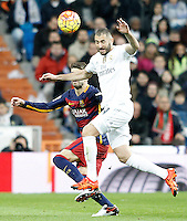 Real Madrid's Karim Benzema (r) and FC Barcelona's Gerard Pique during La Liga match. November 21,2015. (ALTERPHOTOS/Acero) /NortePhoto