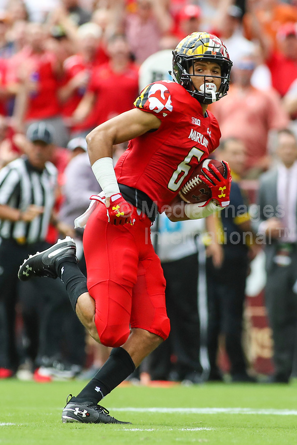 Landover, MD - September 1, 2018: Maryland Terrapins wide receiver Jeshaun Jones (6) catches a pass during the game between Texas and Maryland at  FedEx Field in Landover, MD.  (Photo by Elliott Brown/Media Images International)