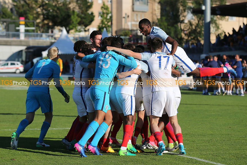 England celebrate winning the Trophy after Ronaldo Vieira scores the match winning penalty in the shoot-out during England Under-18 vs Ivory Coast Under-20, Toulon Tournament Final Football at Stade de Lattre-de-Tassigny on 10th June 2017