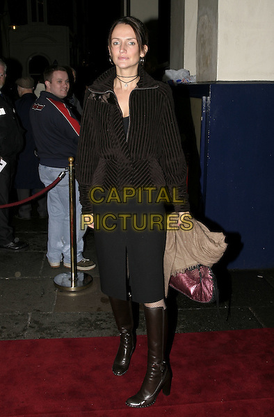 "SAFFRON ALDRIDGE.UK premiere of new musical ""The Producers"", Theatre Royal, Drury Lane, London, 9th November 2004..full length brown knee high boots.Ref: AH.www.capitalpictures.com.sales@capitalpictures.com.©Capital Pictures."