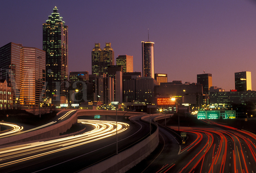 AJ3928, Atlanta, skyline, downtown, Georgia, Atlanta's downtown skyline and Downtown Connector Interstate I-75/85 at sunset from North Avenue in the state of Georgia.