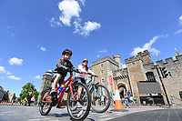 Picture by Simon Wilkinson/SWpix.com 13/05/2018 - Cycling HSBC UK Let's Ride Cardiff -