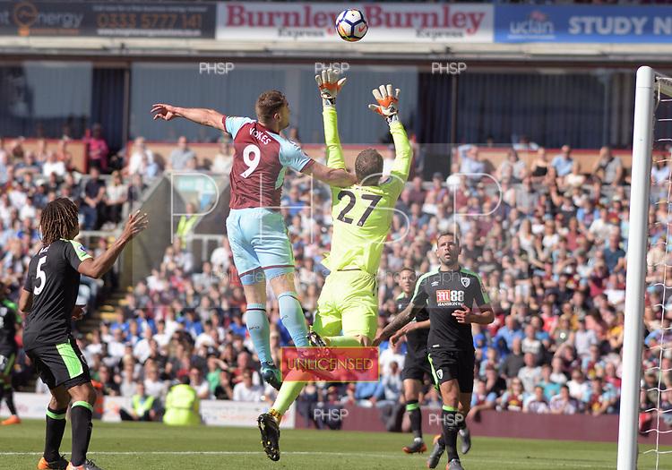13/05/2018 Premier League Burnley v AFC Bournemouth<br /> <br /> Sam Vokes penalised for a foul on Asmir Begovic