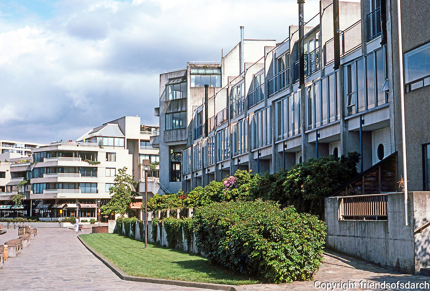 Vancouver: False Creek Tour--768-774 Milbank. Photo '86.