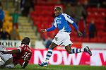 St Johnstone v Aberdeen.....30.01.13      SPL.Gregory Tade scores for saints.Picture by Graeme Hart..Copyright Perthshire Picture Agency.Tel: 01738 623350  Mobile: 07990 594431