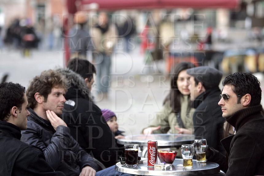 Bar all'aperto a Campo Santa Margherita, Venezia.<br /> Outdoor cafes at Campo Santa Margherita in Venice.<br /> UPDATE IMAGES PRESS/Riccardo De Luca