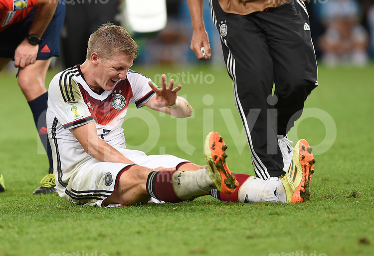 FUSSBALL WM 2014                FINALE Deutschland - Argentinien     13.07.2014 Bastian Schweinsteiger (Deutschland) mit Schmerzen