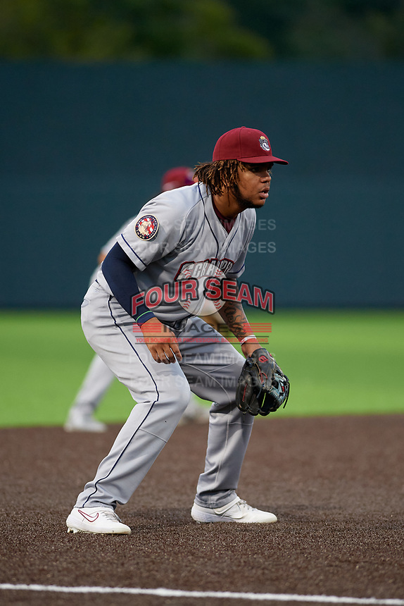 Mahoning Valley Scrappers third baseman Henderson De Oleo (17) during a NY-Penn League game against the Auburn Doubledays on August 27, 2019 at Falcon Park in Auburn, New York.  Auburn defeated Mahoning Valley 3-2 in ten innings.  (Mike Janes/Four Seam Images)
