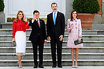 King Felipe VI of Spain (c-r) and Queen Letizia of Spain (r) receives President of Mexico Enrique Pena Nieto (c-l) and his wife Angelica Rivera at the Zarzuela Palace. April 25,2015. (ALTERPHOTOS/Acero)