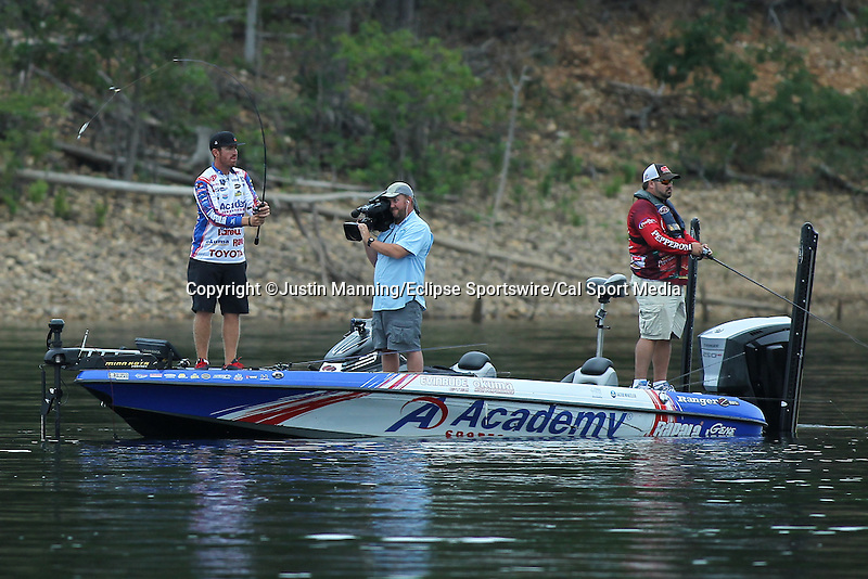 August 21, 2015: Day one leader Jake Wheeler on day two of the Forrest Wood Cup on Lake Ouachita in Hot Springs, AR. Justin Manning/ESW/CSM