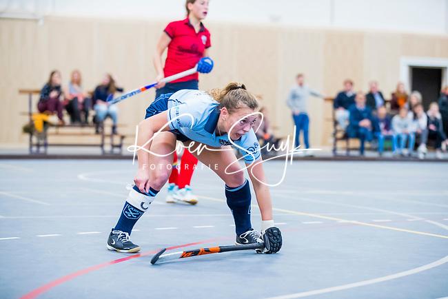 |DELFT -  Mila Muyselaar (Lar)  (Nijm)   tijdens de zaalhockey competitiewedstrijd Laren-Nijmegen. COPYRIGHT KOEN SUYK