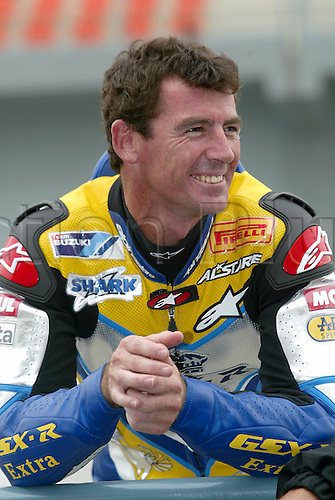 25 February 2005: Portrait of Australian and Team Alstare Suzuki Corona rider Troy Corser (AUS) in the pit lane during qualifying practice for round one of the SBK Superbike World Championship held at the Losail International Circuit, Doha, Qatar. Photo: Neil Tingle/Action Plus..050225 motorcycling motorcycle racing bike racing SBK sport motor sports motorsport motorsports