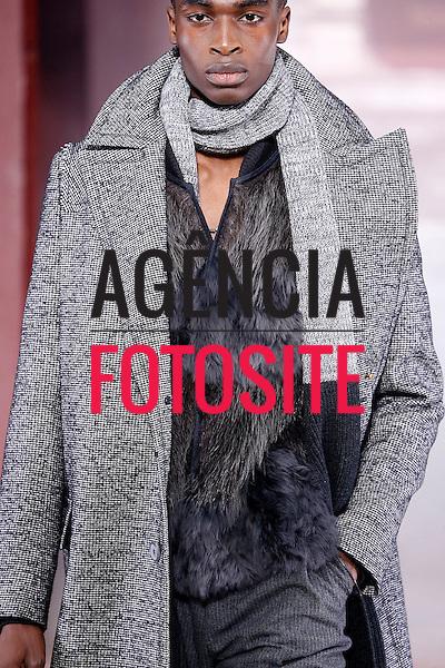 Lanvin<br /> Paris Masculino- Inverno 2015<br /> <br /> <br /> foto: FOTOSITE