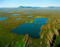 Hólmakot, Holmakotsvatn séð til norðurs, Borgarbyggð áður Hraunhreppur / Holmakot and lake Holmakotsvatn viewing north. Borgarbyggd former Hraunhreppur.