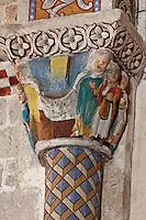 Europe/France/Aquitaine/64/Pyrénées-Atlantiques/Pays-Basque/Sainte-Engrâce: L'église romane du XIe siècle -  Détail chapiteau: Matin de Paques: A gauche le linceul défait, à droite les saintes femmes.