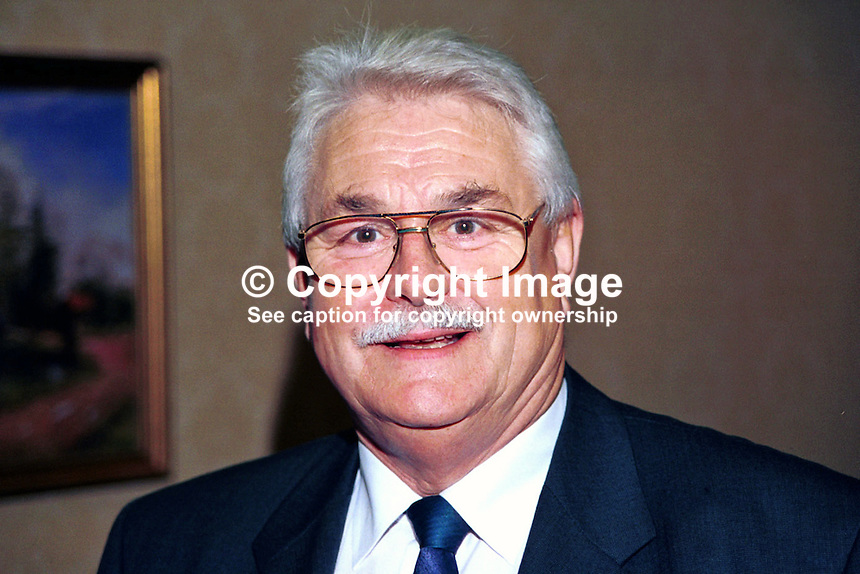 Ken Maginnis, MP, Westminster, Ulster Unionist, N Ireland, UK. Taken at Unionist Party Conference, Enniskillen, N Ireland, in October 1999. 199910291..Copyright Image from Victor Patterson, 54 Dorchester Park, Belfast, UK, BT9 6RJ..Tel: +44 28 9066 1296.Mob: +44 7802 353836.Voicemail +44 20 8816 7153.Skype: victorpattersonbelfast.Email: victorpatterson@mac.com.Email: victorpatterson@ireland.com (back-up)..IMPORTANT: If you wish to use this image or any other of my images please go to www.victorpatterson.com and click on the Terms & Conditions. Then contact me by email or phone with the reference number(s) of the image(s) concerned.