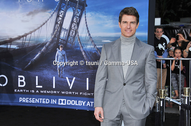 Tom Cruise  arriving at the 7609_ Oblivion Premiere at the Chinese Theatre in Los Angeles.