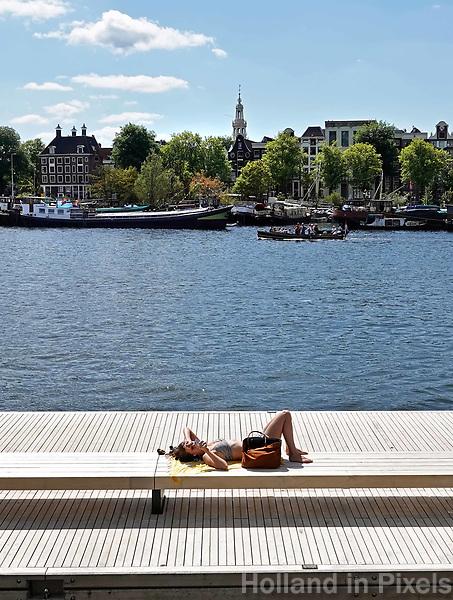 Nederland Amsterdam 2018. Zomer in Amsterdam. Nieuwe Wandelsteiger in het Oosterdok. Foto Berlinda van Dam / Hollandse Hoogte