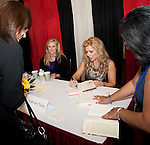 "Leigh Anne Tuohy signing her book ""In a Heartbeat"""