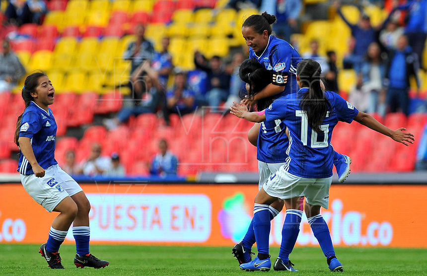 BOGOTA - COLOMBIA, 21-07-2019: Lina Gomez de Millonarios celebra después de anotar el primer gol de su equipo durante partido por la fecha 2 de la Liga Femenina Águila 2019 entre Millonarios y Fortaleza CEIF jugado en el estadio Nemesio Camacho El Campin de la ciudad de Bogotá. / Lina Gomez of Millonarios celebrates after scoring the first goal of his team during match for the date 2 of the Aguila Women League 2019 between Millonarios and Fortaleza CEIF played at the Nemesio Camacho El Campin Stadium in Bogota city. Photo: VizzorImage / Gabriel Aponte / Staff.