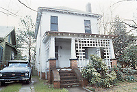 UNDATED..Conservation.Colonial Place-Riverview..4208 Newport Avenue...NEG#.NRHA#..
