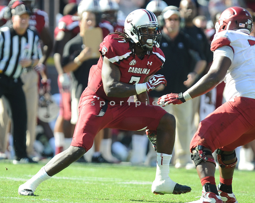 South Carolina Gamecocks Jadeveon Clowney (7) in action during a game against Arkansas on November 10, 2012 at Williams-Brice Stadium in Columbia, SC. South Carolina beat Arkansas 38-20.