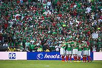 Action photo during the match Mexico vs Jamaica Corresponding to  Group -C- of the America Cup Centenary 2016 at Rose Bowl Stadium.<br /> <br /> Foto de accion durante el partido Mexico vs Jamaica, Correspondiente al Grupo -C- de la Copa America Centenario 2016 en el Estadio Rose Bowl, en la foto: (i-d) Jugadores de Mexico<br /> <br /> <br /> 09/06/2016/MEXSPORT/Jorge Martinez.