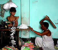 Bangladesh: Born To Work by GB Akash