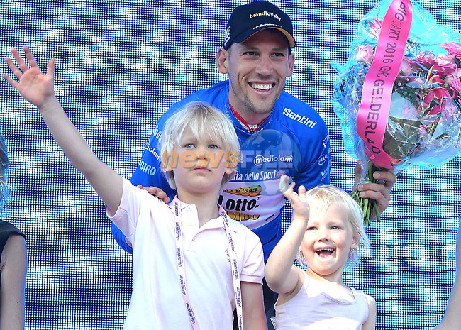 Local rider Maarten Tjallingii (NED) Lotto Nl-Jumbo wears the mountains Maglia Azzurra on the podium with his kids at the end of Stage 3 of the 2016 Giro d'Italia running 190km from Nijmegen to Arnhem, The Nethrerlands. 8th May 2016.<br /> Picture: ANSA/Alessandro Di Meo   Newsfile<br /> <br /> <br /> All photos usage must carry mandatory copyright credit (&copy; Newsfile   ANSA/Alessandro Di Meo)