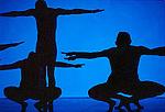 LITURGIES (cr&eacute;ation 1983)<br /> <br /> Chor&eacute;graphie, son, lumi&egrave;res, costumes : Alwin Nikolais<br /> Danseurs de la compagnie : Snezana Adjanski, Joseph (jo) Blake, Chia-Chi Chiang, Juan Carlos Claudio, Ai Fujii, Trey Gillen, Caine Keenan, Melissa McDonald, Brandin Scott Steffenssen, Liberty Valentine<br /> Compagnie : Ririe - Woodbury Dance Company<br /> Lieu : Th&eacute;&acirc;tre de la Ville<br /> Ville : Paris<br /> Date : 23/03/2004