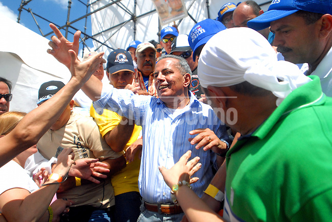 Manuel Rosales, Venezuela's opposition leader and Mayor of Maracaibo city, the second city of the country, during 2006 campaign as presidential candidate.  A Public prosecutor  asked a court March 19 2009 for a warrant to arrest Rosales,sparking protests of opposition to President Hugo Chavez.