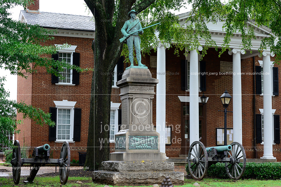 USA, Virginia, Charlottesville, town hall and warrior memorial for civil war between Confederate Army and United States forces