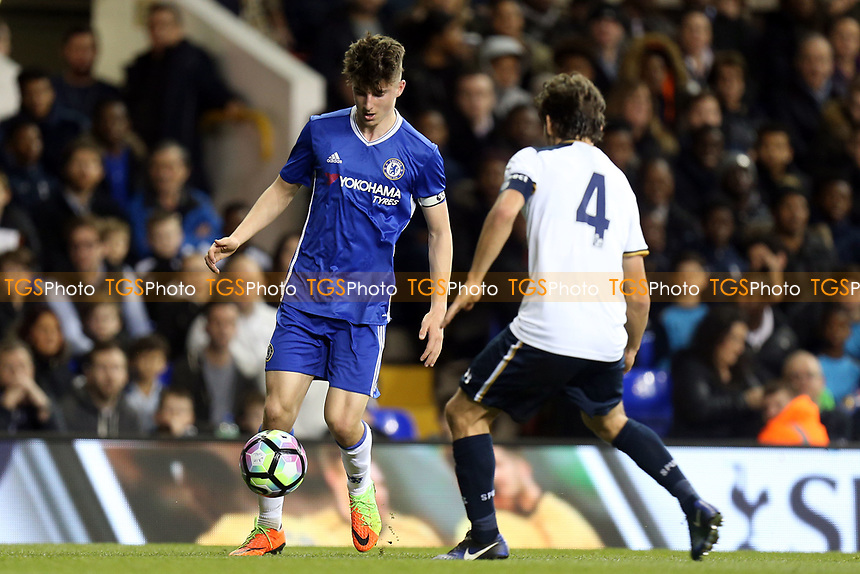 Mason Mount of Chelsea and George Marsh of Tottenham Hotspur during Tottenham Hotspur Youth vs Chelsea Youth, FA Youth Cup Football at White Hart Lane on 14th March 2017
