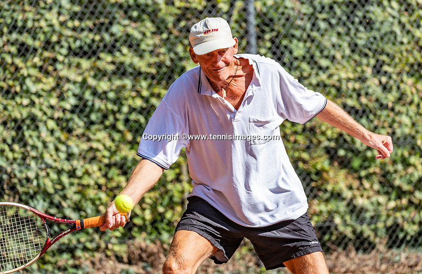 Hilversum, The Netherlands, September 2, 2018,  Tulip Tennis Center, NKS, National Championships Seniors, Men's 70+ final: Ben de Jel  (NED) <br /> Photo: Tennisimages/Henk Koster