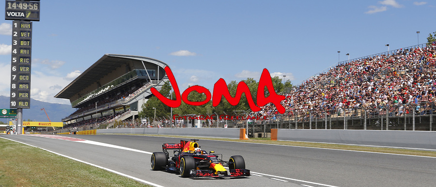 Daniel Ricciardo (AUS) Red Bull Racing RB13 at Formula 1 World Championship,FIA, Spanish Grand Prix, Qualifying, Barcelona. 13.05.2017
