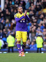 Pictured: Ashley WIlliams of Swansea thanks away supporters. Sunday 16 February 2014<br />