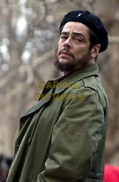 BENICIO DEL TORO.in Guerrilla .(Che).*Filmstill - Editorial Use Only*.CAP/FB.Supplied by Capital Pictures.