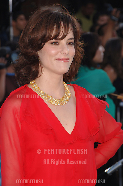 """Actress PARKER POSEY at the world premiere of her new movie """"Superman Returns"""" in Los Angeles..June 21, 2006  Los Angeles, CA.© 2006 Paul Smith / Featureflash"""