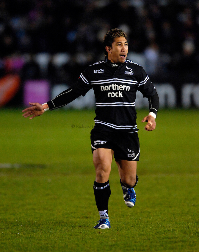Photo: Jed Wee...Newcastle Falcons v NEC Harlequins. Guinness Premiership. 11/11/2006.....Newcastle's Loki Crichton.