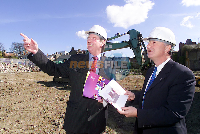 Gerry Maguire showing Minister Dermot Ahern the full extent of the new town centre during the launch of Construction ..Picture Fran Caffrey Newsfile..This Picture is sent to you by:..Newsfile Ltd.The View, Millmount Abbey, Drogheda, Co Louth, Ireland..Tel: +353419871240.Fax: +353419871260.GSM: +353862500958.ISDN: +353419871010.email: pictures@newsfile.ie.www.newsfile.ie