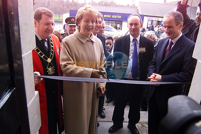 President Mary McAleese Opening Barlow House...Pic Newsfile
