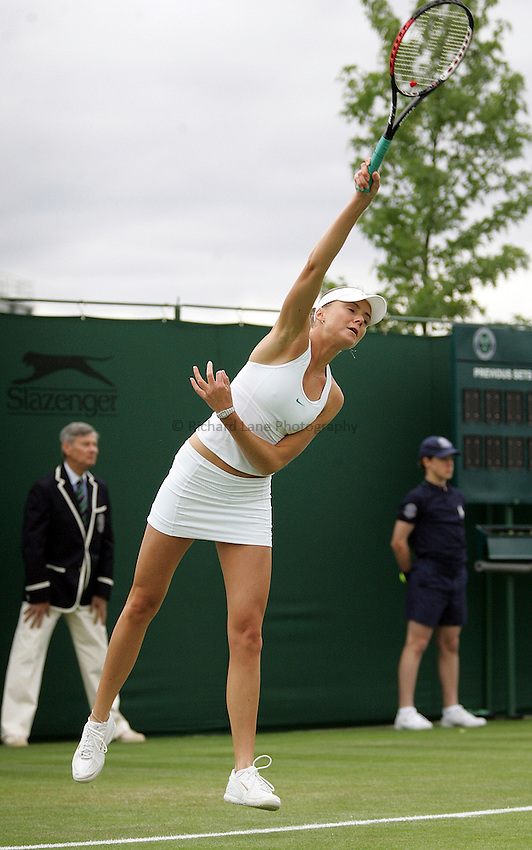 Photo: Paul Thomas..Wimbledon Championships. 26/06/2007..Daniela Hantuchova (SVK) during her match with Anastasia Pavlyuchenkova (RUS).