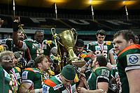 Kieler Spieler feiern den German Bowl Sieg