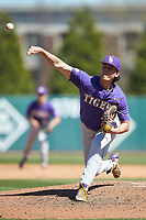 LSU Tigers relief pitcher Todd Peterson (43) delivers a pitch to the plate against the Georgia Bulldogs at Foley Field on March 23, 2019 in Athens, Georgia. The Bulldogs defeated the Tigers 2-0. (Brian Westerholt/Four Seam Images)