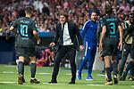Chelsea's Eden Hazard, coach Antonio Conte and Marcos Alonso during UEFA Champions League match between Atletico de Madrid and Chelsea at Wanda Metropolitano in Madrid, Spain September 27, 2017. (ALTERPHOTOS/Borja B.Hojas)