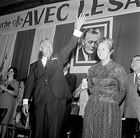 Le Premier Ministre<br />  et chef liberal Jean Lesage et son epouse en campagne pour sa re-election, 2 juin 1966, au Patro Roc-A-Madour.<br /> <br /> PHOTO :  Agence Quebec Presse - Photo Moderne