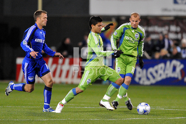 Fredy Montero ,..Kansas City Wizards were defeated 3-2 by Seattle Sounders at Community America Ballpark, Kansas City, Kansas.