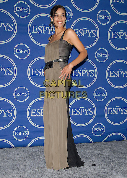 ROSARIO DAWSON.Attends The 2006 ESPY Awards held at The Kodak Theatre in Hollywood, California, USA,.July 12th 2006.full length black grey dress waist hand on hip.Ref: DVS.www.capitalpictures.com.sales@capitalpictures.com.©Debbie VanStory/Capital Pictures