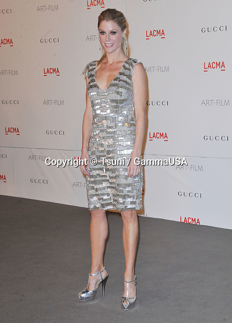 Julie Bowen at the LACMA Hosts Inaugural  ART + FILM Gala at the LACMA Museum in Los Angeles.